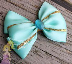 Jasmine hair bow Disney inspired bow Aladdin by JaybeePepper Jasmine Hair, Disney Hair Bows, Princess Hair Bows, Bow Ponytail, Hair Bow Tutorial, Flower Tutorial, Ribbon Hair Bows, Ribbon Flower, Fabric Flowers