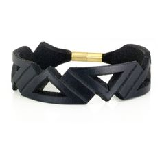 Bracelets – Hand carved leather bracelet – a unique product by lcutti on DaWanda