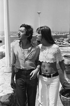 Serge Gainsbourg et Jane Birkin, un couple au style mythique Charlotte Gainsbourg, Serge Gainsbourg, Gainsbourg Birkin, Brigitte Bardot, Estilo Jane Birkin, Jane Birken, 70s Fashion, Vintage Fashion, Icon Fashion