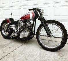 "Harley-Davidson FLH 1200 ""Panhead"" Duo Glide | Yamaha TZ [?] fuel tank | HD narrow glide fork | Bates headlight"