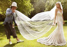 http://www.cover.dk/gossip/kate-moss-brudekjole-designer-er-ude-af-sit-eksil