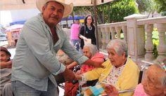 SALUDANDO A LOS RESIDENTES DE #CASAHOGARSANTAELENA #ASILODEANCIANOS #ASILO #ANCIANOS #RIOGRANDEZACATECAS #ZACATECAS