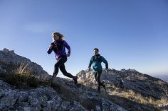 When you begin trail running, running uphill often seems too hard or even frightening. How do you improve your uphill technique? Outdoor Brands, Sports Brands, Workshop, Trail Running, Travel, Tips, Basement, Atelier, Viajes
