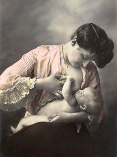 Stunning breastfeeding art!