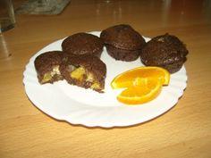 narancsos csokis muffin - Gyümölcsös muffin Muffin, Breakfast, Food, Candy, Meal, Eten, Meals, Muffins, Morning Breakfast