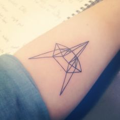 Geometric Fox - my first tattoo to symbolise my mother's maiden surname, De Vos (The Fox).