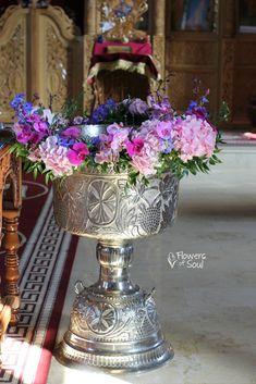 Decor pentru cristelniță – Flowers of Soul Delphinium, Easter Crafts, Christening, Planter Pots, Flowers, Dress, Dresses, Florals, Vestidos