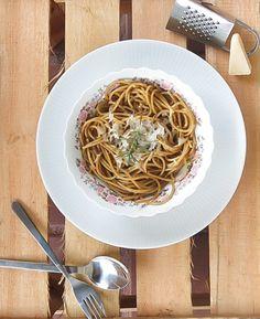 A arte de escrever um livro de receitas   Espaguete com manteiga, alecrim e um gostinho de carne