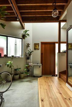 Home Interior Velas Interior Exterior, Home Interior Design, Interior Architecture, Home Renovation, Home Remodeling, Pollo Tropical, Small Apartment Interior, 1950s House, Japanese House