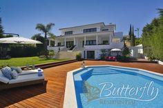 Contemporary Villa for Sale in Nueva Andalucía, Marbella. http://www.butterflyresidential.com/en/listing/spain/andalucia/nueva-andalucia/villa/30339/