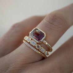 Bezel Set Ring, Ring Verlobung, Art Deco Jewelry, Fine Jewelry, Jewelry Design, Cz Jewellery, Jewelry Making, Jewellery Shops, Gems Jewelry