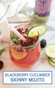 +++Key Lime Rum Blackberry Cucumber Skinny Mojito // A low-calorie, low-sugar mojito with fresh blackberries, cucumber, LaCroix sparkling water and Cruzan Key Lime Rum. Only 90 calories and 7 grams of sugar! Low Carb Cocktails, Healthy Cocktails, Refreshing Cocktails, Summer Drinks, Fun Drinks, Vodka Drinks, Beverages, Gin Recipes, Alcohol Recipes
