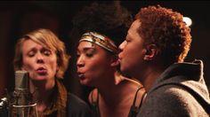 Twenty Feet From Stardom - Festival Program | Sundance Institute. The feel-good rock documentary of the year. True talent is not always in the spotlight.