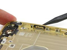 New rubber gaskets around buttons help iPhone 6/Plus withstand brief dips in water