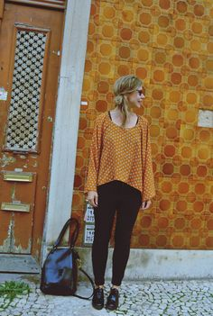 Yellow shirt and yellow wall in Lisbon - visual diary | Lily.fi