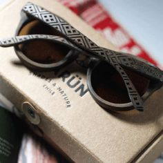 karun - The brief delivered was to create a pack for wooden sunglasses with the Mapuche heritage bearing in mind their relationship with nature, where they are a part and not owners. Conveying their knowledge and spirit in the pack as a way of adding value to the product.