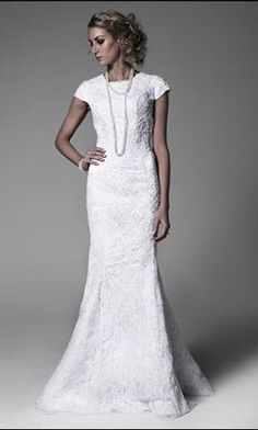 wedding dresses with sleeves....pretty
