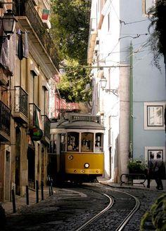 Narrow streets of Alfama District, Lisbon | Portugal