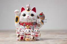 Картинки по запросу японские кошки манэки-нэко