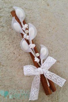Greek romantic wedding favors in vintage rustic style Almond Wedding Favours, Romantic Wedding Favours, Romantic Weddings, Nylon Flowers, Paper Flowers, Diy Flowers, Baby Wedding, Greek Wedding, Almond Flower