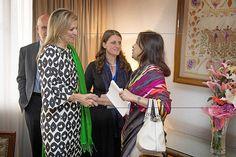 Máxima bij premier en president Bangladesh -  De reis naar Bangladesh is Máxima's derde dit jaar voor de VN. Eerder ging de koningin naar Myanmar en de Filipijnen. beeld ANP