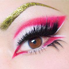 Pink flamingo More Flamingo Halloween Costume, Halloween Makeup, Bird Costume, Bright Eye Makeup, Glam Makeup, Bird Makeup, Sugarpill Cosmetics, Eyeshadows, Extreme Makeup