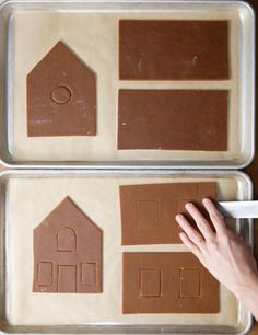 11 Borderline Genius Tips For Making A Gingerbread House These basic tricks will take your gingerbread house to the next level. Halloween Gingerbread House, Gingerbread House Patterns, Cool Gingerbread Houses, Gingerbread Cookies, White Gingerbread House, Gingerbread Recipes, Christmas Activities, Christmas Treats, Christmas Baking