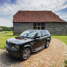 Feel at ease with nature. #glohh #rangerover #rangeroversport #landrover #rrs #led #taillight #countryside