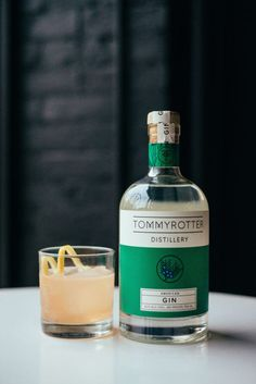 Ingredients 1.5 oz Tommyrotter Distillery American Gin 1 oz Simple Syrup .75 oz Fresh Lemon Juice 2 Dashes of Angostura bitters Instructions Shake all ingredients with ice and strain into an old-fashioned glass over rocks. Garnish with a lemon peel and serve.
