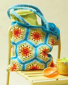Rainbow Hexagon Beach Bag by Lily / Sugar'n Cream~ free crochet pattern
