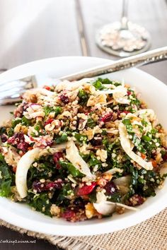 Roasted Garlic, Quinoa & Kale Salad with Cranberries; a great heart-healthy meal for you to enjoy! #hypertension
