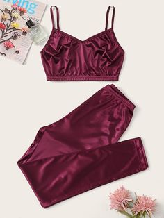 To find out about the Crop Cami Top With Pants PJ Set at SHEIN, part of our latest Night Sets ready to shop online today! Cute Sleepwear, Sleepwear Women, Pajamas Women, Lingerie Sleepwear, Cute Pajama Sets, Cute Pajamas, Cami Tops, Teen Fashion Outfits, Girl Outfits