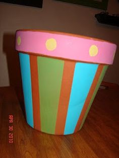 treat holder.  painted terra cotta pot  tutorial