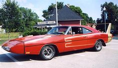 1969 Dodge Daytona and a 1970 Superbird - Information on collecting cars - Legendary Collector Cars 1969 Dodge Charger Daytona, Dodge Charger Rt, Dodge Daytona, Chrysler Charger, Dodge Chrysler, Daytona Races, Dodge Muscle Cars, Old School Cars, Hot Rides