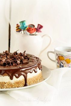 Tort de inghetata Cream Cake, Ice Cream, Parfait, Tiramisu, Biscuit, Ethnic Recipes, Desserts, Cakes, Dessert Ideas