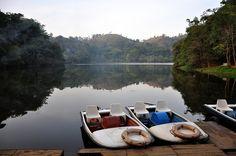 Boating!! (Pookode Lake - Wayanad, Kerala) by deadpoet88, via Flickr