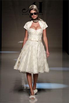 Abiti da sposa 2013: le collezioni e le tendenze per le nozze