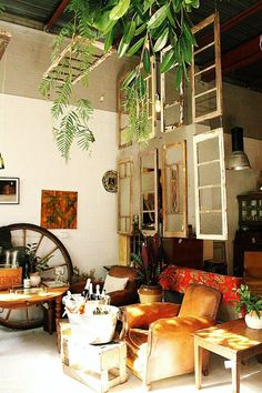 Space Dividers, Window Frames, Wooden Furniture, Decoration, Repurposed, Table Settings, Windows, Inspiration, Wilderness