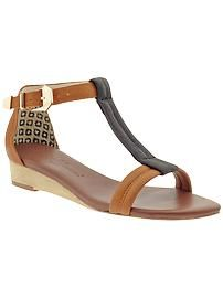 Matt Bernson Copelia. The go with anything- all day - everyday sandal. Sliver wedge