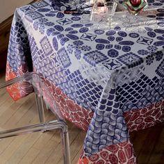 Nappe fantaisie Garnier-Thiebaut - Modèle : Trésor - Nappe en coton anti-tache - Coloris : bleu, blanc et rouge
