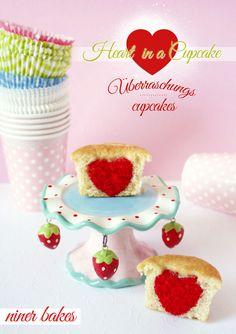 Süße Herz Überraschungs Cupcakes | niner bakes