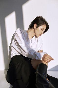 Nao Kanzaki and a few friends: 長澤 まさみ Ideal Beauty, Beauty Women, Asian Beauty, Girl Short Hair, Short Girls, Asian Models Female, Japan Fashion, Women's Fashion, Poses