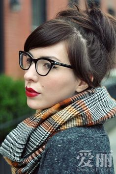 black frames and plaid scarf - I would love this scarf!