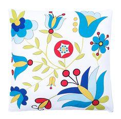 Biała poduszka z dekoracyjnym wzorem inspirowanym kwiatami haftów kaszubskich. Kolekcja inspirowana szkołą wejherowską. Poszewka zapinana zamkiem błyskawicznym. Jednostronny nadruk.