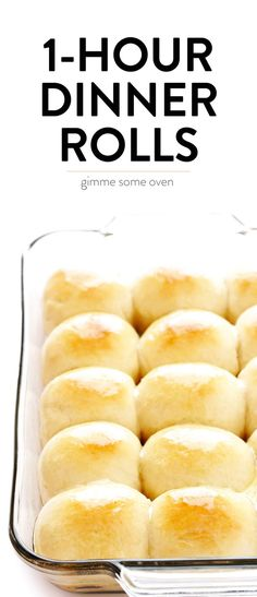 Dinner Recipes for 2 Soft and Buttery Dinner Rolls These Dinner Rolls are simply the best. They're easy to make, perfectly soft and buttery, and so comforting and delicious. Perfect for the holidays or any delicious weeknight dinner. Homemade Dinner Rolls, Dinner Rolls Recipe, Dinner Rolls Easy, Homemade Breads, Best Rolls Recipe, Dinner Recipes, Pan Rolls Recipe, Soft Bread Rolls Recipe, Quick Rolls