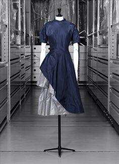"""Fracinelle"" day dress, blue and striped silk taffeta, Jacques Heim, 1949"