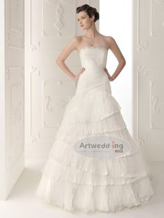 LOOOOOVE THIS! Strapless Tulle over Satin A Line Wedding Dress with Tiered Skirt
