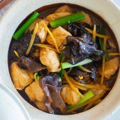 King Crab (BEST Baked Crab Legs Recipe!) - Rasa Malaysia Bake Crab Legs Recipe, King Crab Recipe, Baked Cod Recipes, Crab Recipes, Cooking Recipes, Soup Recipes, Chicken Recipes, Dinner Recipes, Easy Chinese Recipes