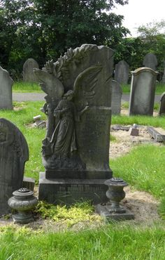 Angel Gravestone in Welford Road Cemetery, Leicester
