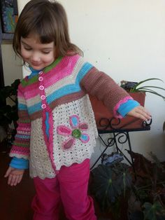 Made this jersey with Vinnis Nikkim Yarn for my little girl. Pattern by Magic with hook and needle.